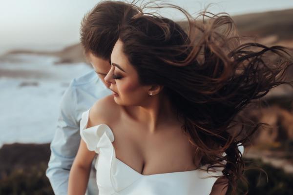 13Danielle-Navratil-natural-light-couples-breakout0010
