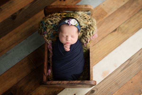 julie_kulbago_newborn_posing_1