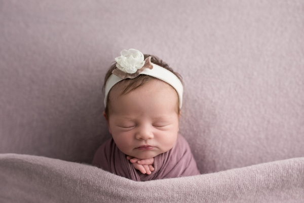 julie_kulbago_newborn_posing_19