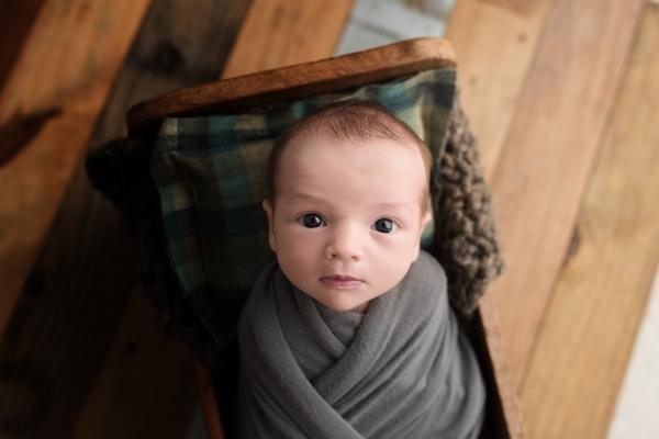 julie_kulbago_newborn_posing_22