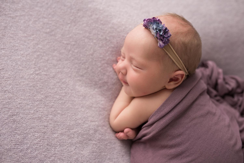 julie_kulbago_newborn_posing_25