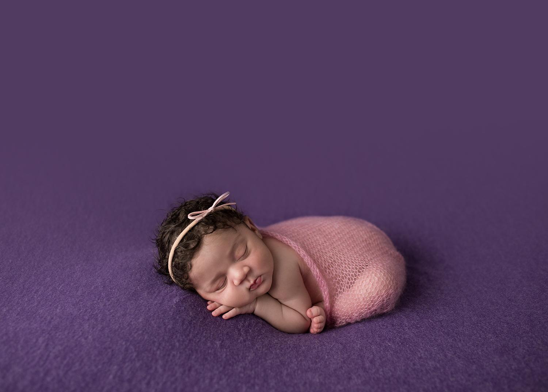 julie_kulbago_newborn_posing_30